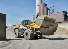 Liebherr L 576 XPower joins recycling specialist