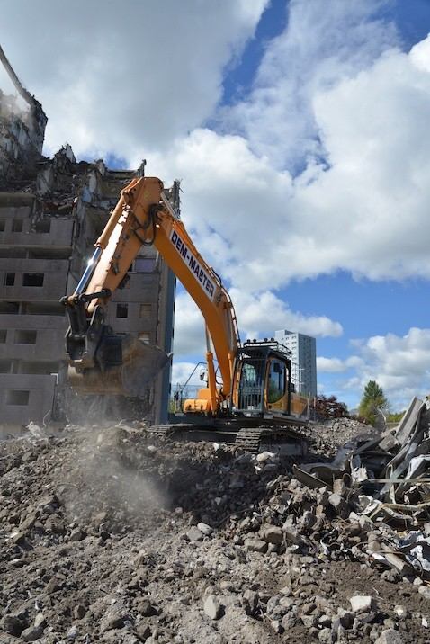 Scottish demolition specialist goes for Hyundai
