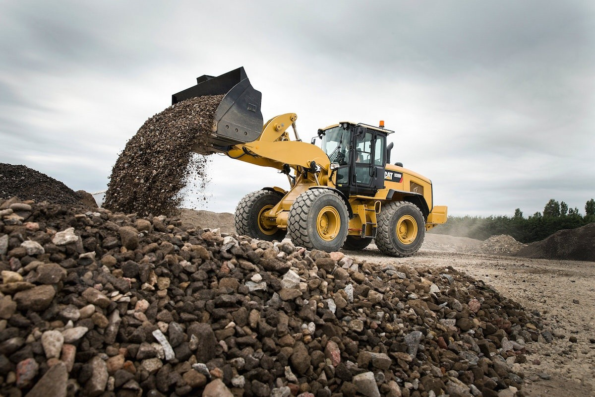 Caterpillar upgrades wheel loaders